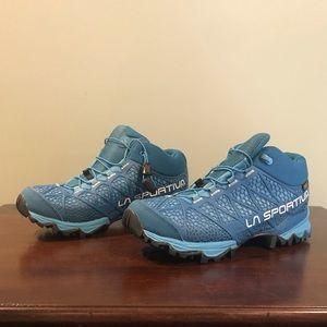 REI La Sportiva Hiking Shoe/Boot Sz 8 Like New!